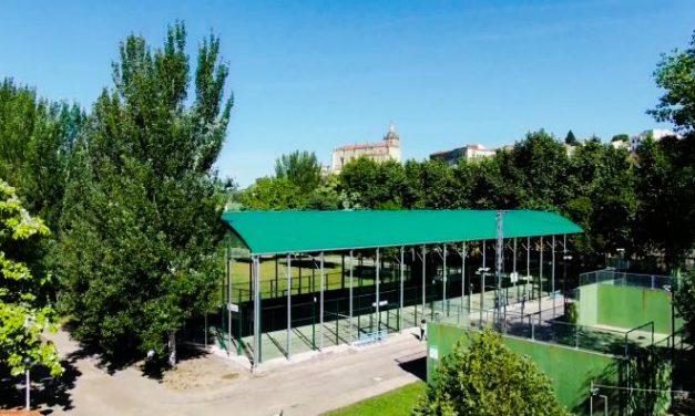Las pistas de tenis y pádel abren sus puertas en Coria con restricciones sanitarias y de higiene