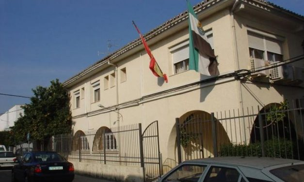 El centro de mayores de Moraleja abre sus puertas el lunes para servicios de podología y peluquería