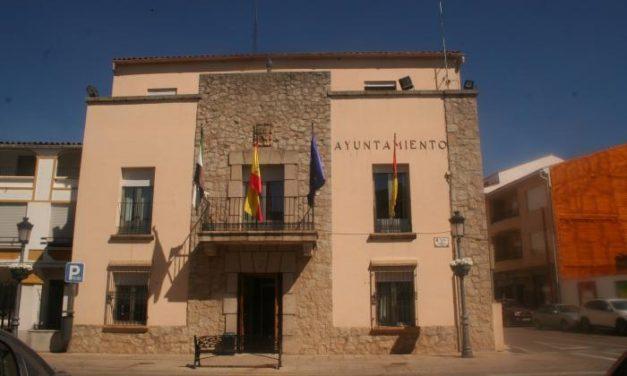 El consistorio de Moraleja insta a los vecinos a mantener limpios los solares para evitar incendios