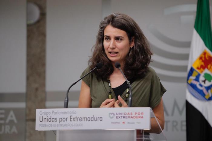 """Unidas Por Extremadura califica de """"ataque a la educación"""" el recorte de 302 plazas de docentes"""
