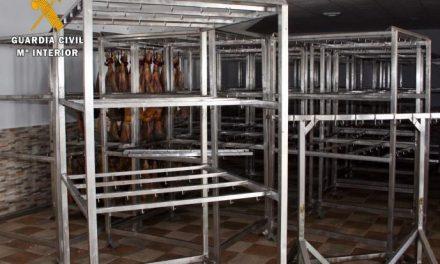 Investigan a los dueños de una empresa de Badajoz por simular un robo de jamones para cobrar el seguro