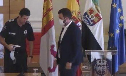 """El alcalde de Cáceres reconoce un """"error de previsión"""" por la aglomeración en MasterChef"""