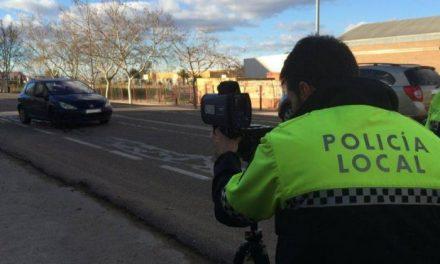 La Policía Local de Moraleja multará con hasta 600 euros a los ciudadanos que  hagan botellón en la calle