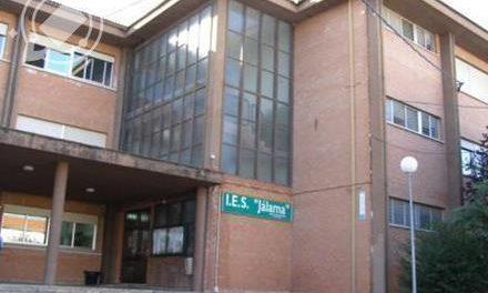 El IES Jálama formará  en limpieza de edificios, atención a la dependencia y gestión administrativa
