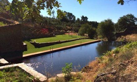 """Monago pide a Vara que """"no escurra el bulto"""" y se implique en la apertura de las piscinas naturales"""