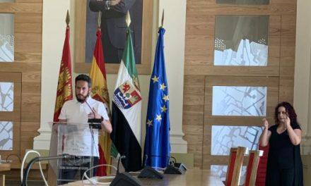 El Ayutamiento de Cáceres pide los ciudadanos que usen correctamente la mascarilla cuando salgan a la calle