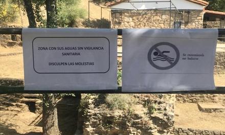 Las piscinas naturales de la Mancomunidad de Sierra de Gata albergan público a pesar de que Sanidad no recomiende el baño