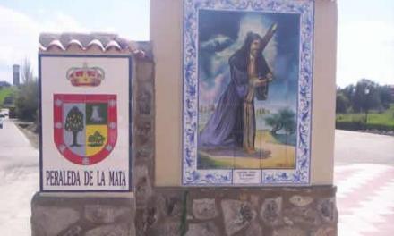 """El alcalde de Peraleda de la Mata pide a sus vecinos que salgan de sus casas lo """"mínimo imprescindible"""""""
