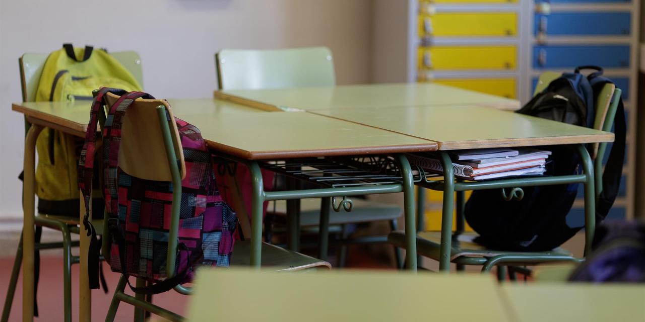 CSIF pide a la Junta contratar personal no docente en los centros educativos para «garantizar la seguridad sanitaria»