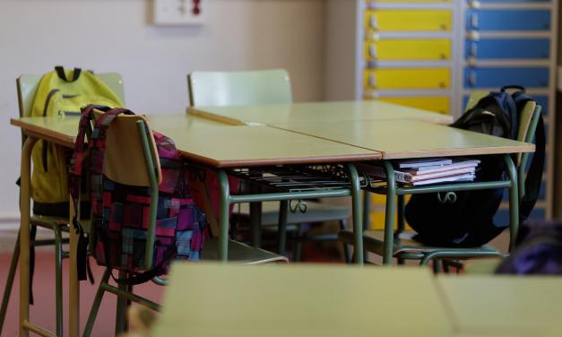 """CSIF pide a la Junta contratar personal no docente en los centros educativos para """"garantizar la seguridad sanitaria"""""""