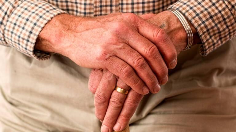 Extremadura destina casi diez millones de euros para crear 190 plazas residenciales para ancianos dependientes