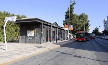 Mérida mejorará las paradas de bus con nuevos apeaderos, zonas de espera y señalización vertical