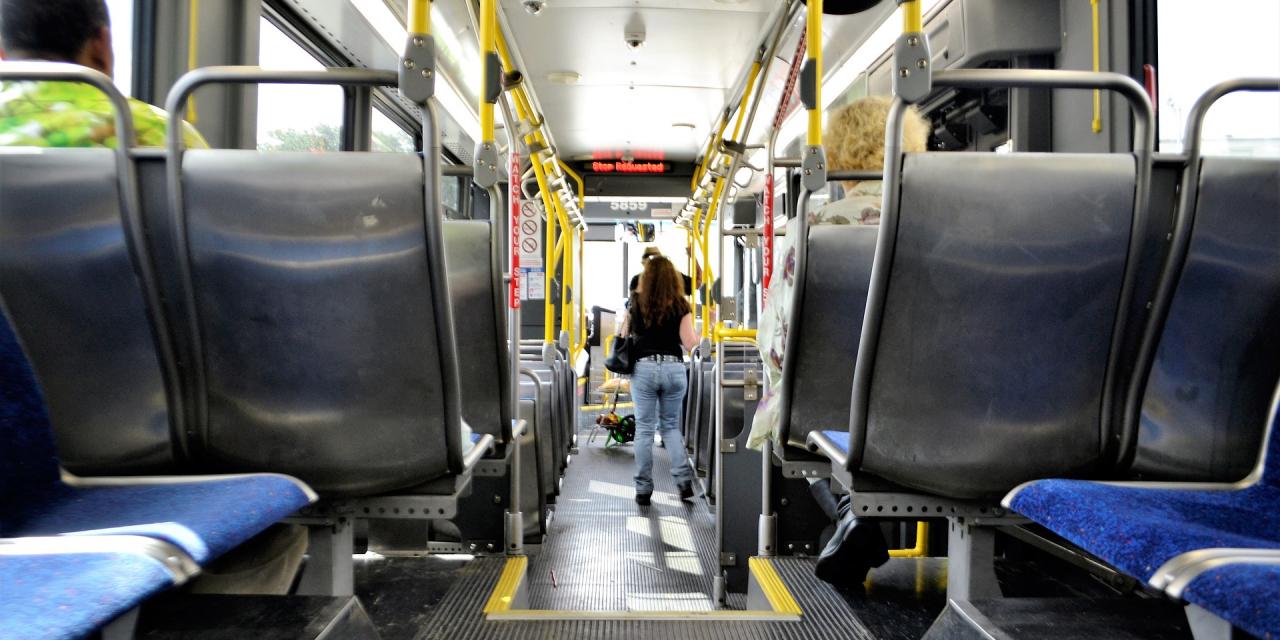 El bus urbano será gratuito para víctimas de violencia de género con dificultades económicas