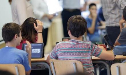 Unidas por Extremadura pide a la Junta que contrate más personal docente