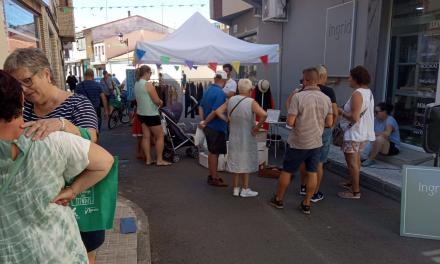 """Arigata organiza un año más """"el comercio en la calle"""" en Moraleja para incentivar las compras"""