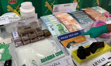 La Guardia Civil detiene a cinco personas en una operación contra el tráfico de drogas