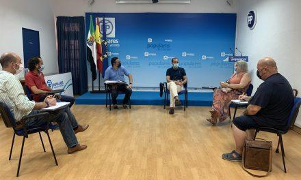 El PP de Cáceres critica la «paralización total» de las inversiones acordadas con las asociaciones de vecinos