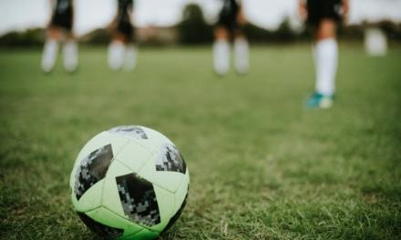 Mérida subvenciona a la Escuela de Fútbol Emérita Augusta y al C.D. Nueva Ciudad para fomentar el deporte base