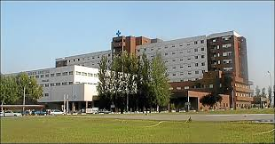 La mujer de 39 años ingresada por Covid en la UCI del Universitario de Badajoz se encuentra grave