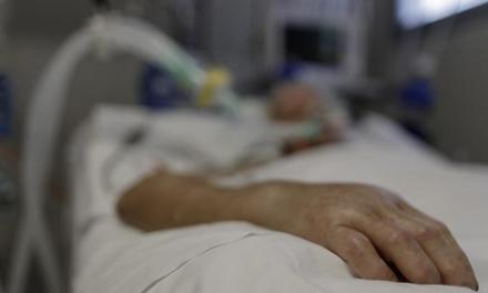 Cinco personas continúan ingresadas por el brote de Covid-19 en Peraleda de la Mata