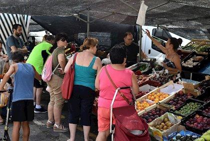 Cerca de una veintena de puestos ofrecerá sus productos en el mercadillo semanal de Coria