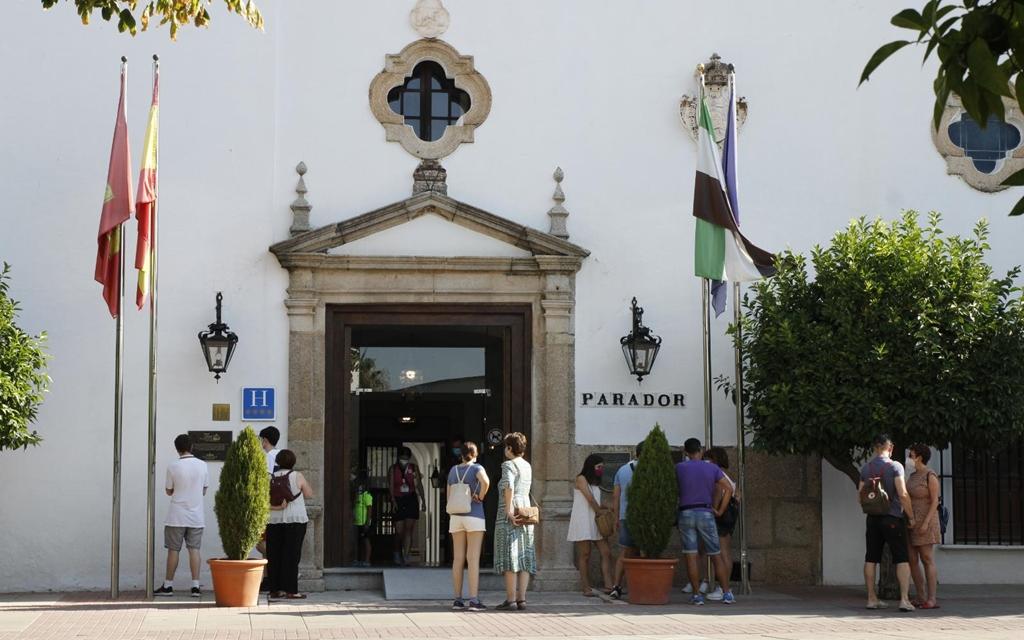 Un centenar de empresas de Mérida recibirá ayudas para dinamizar el sector turístico