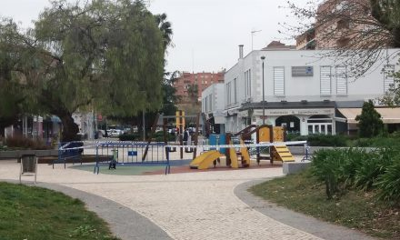 Badajoz se plantea paralizar la apertura de parques y aplaza la instalación de atracciones de feria
