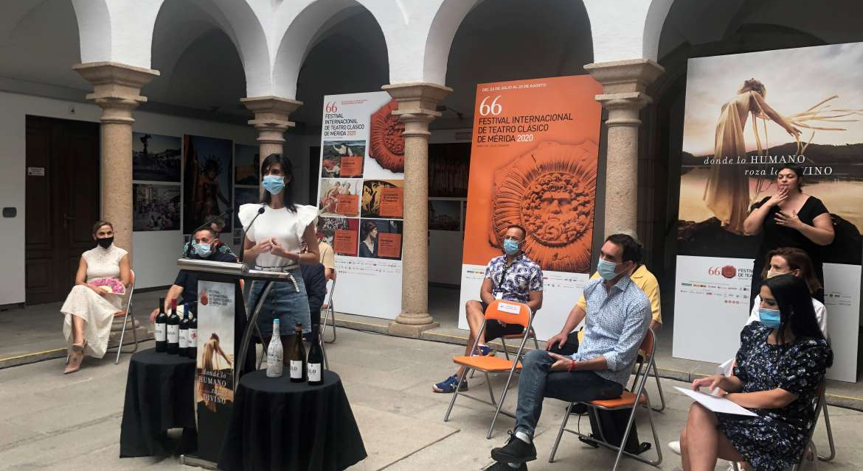 La obra «Anfitrión» estará en el Festival de Mérida hasta el 2 de agosto bajo la dirección de Juan Carlos Rubio