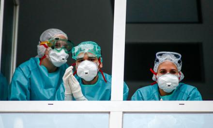 La Junta entregará las Medallas de Extremadura a sanitarios, trabajadores esenciales y personal de residencias