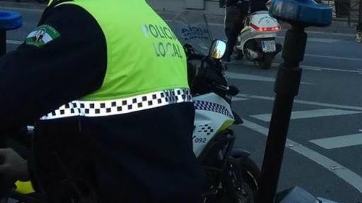 La Policía Local de Badajoz impone más de 200 multas por no llevar mascarillas en espacios públicos