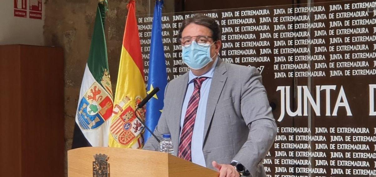 """Vergeles asegura que los brotes activos por Covid de Badajoz están """"controlados y todos acotados"""""""