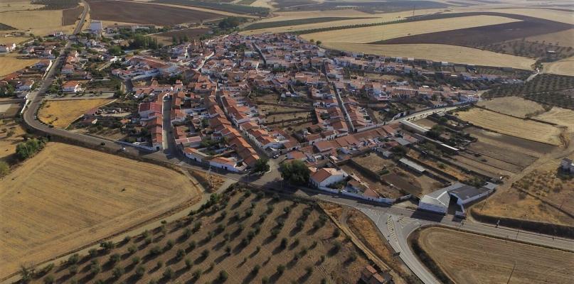 Confinamiento para Valencia de las Torres y retroceso a la fase 2 para controlar el brote de coronavirus