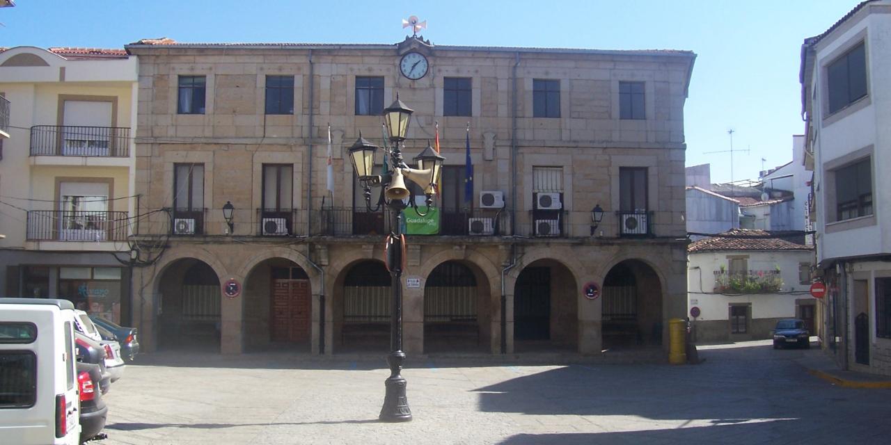 Varias personas se encuentran aisladas en Montehermoso tras confirmarse un caso de Covid-19
