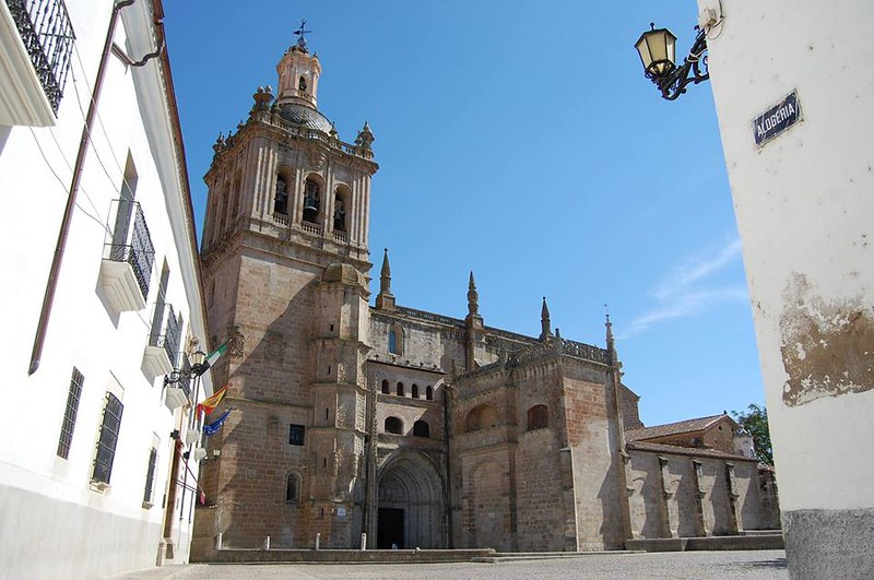 La Diócesis restablecerá el culto en la Catedral de Coria en septiembre