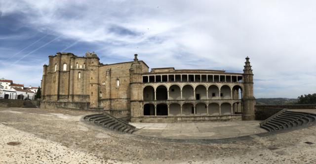 El Ayuntamiento de Alcántara pide que se salga lo imprescindible tras detectar nueve casos de Covid
