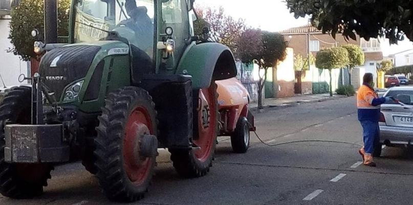 Moraleja explica a sus vecinos por qué no desinfecta sus calles en verano
