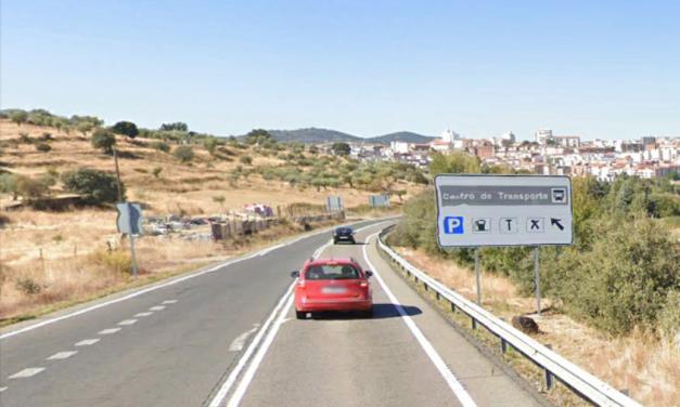 La mujer de 40 años del accidente de Plasencia se encuentra en la UCI de Badajoz tras dos operaciones