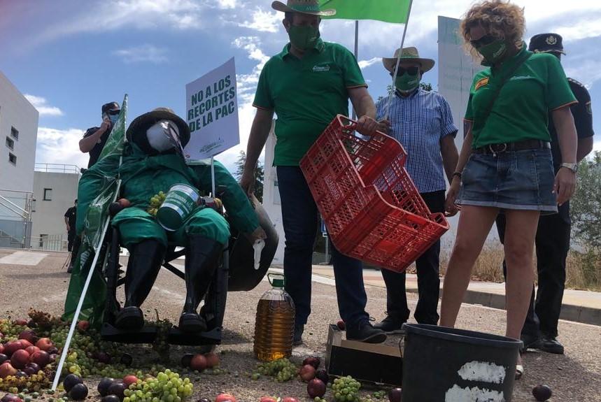 El campo vuelve a movilizarse para reclamar mejoras para los agricultores y ganaderos