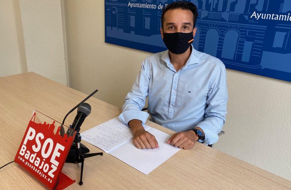 El PSOE de Badajoz denunciará a Fragoso si no abre los parques infantiles