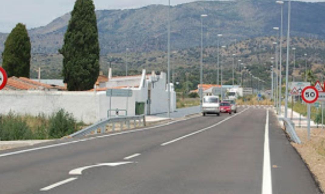 Mejorar la seguridad de la vía que une Cáceres con Villanueva costará más de un millón y medio de euros