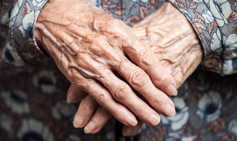 Cierran la residencia de mayores de Castuera tras dar positivo por Covid uno de los ancianos