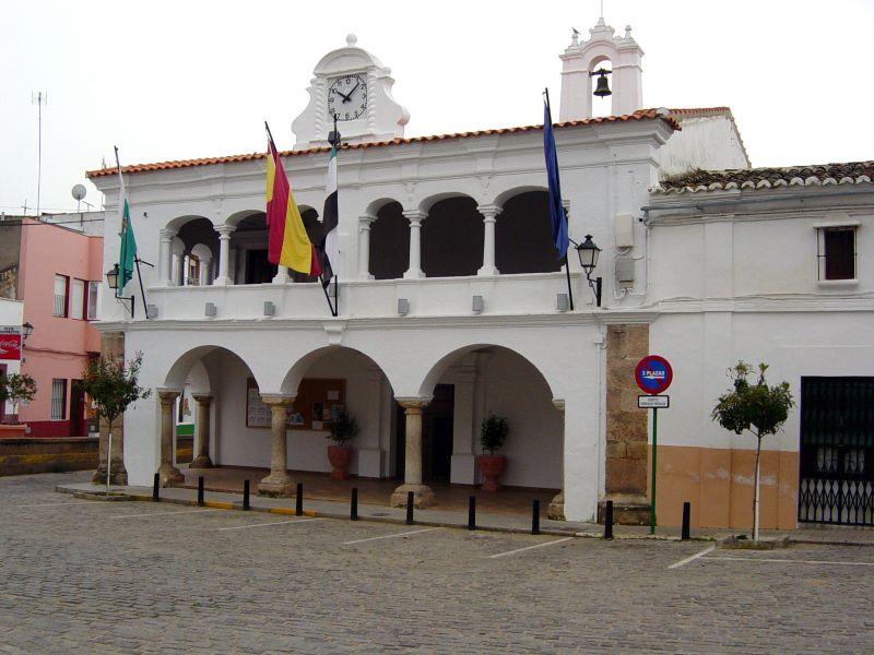 El alcalde de Aceuchal tranquiliza a la población y niega que se hayan notificado contagios por Covid