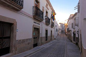 Más contagios en Cáceres, Alcántara, Valencia de Alcántara y Cañamero