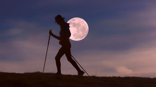 Coria organiza la VI Ruta Nocturna «Luna Zapatona» este sábado para amenizar la época estival