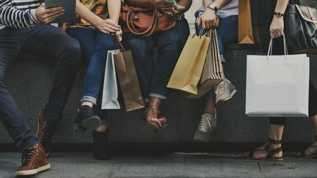 Cáceres prohíbe captar clientes a más de 3 metros de los establecimientos
