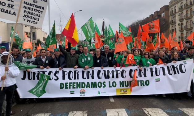APAG Asaja y Asaja Cáceres convocan una manifestación el 11 de agosto por los bajos precios en el campo