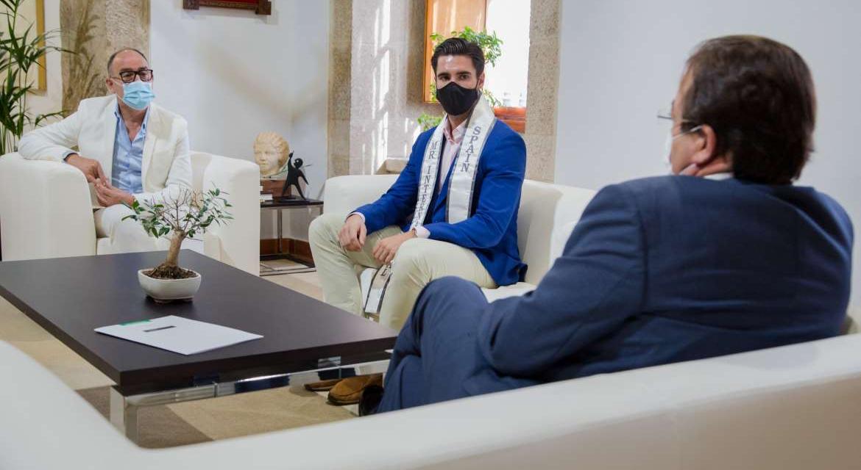 El pacense Manuel Romo asegura que hará de embajador de Extremadura en Míster Internacional