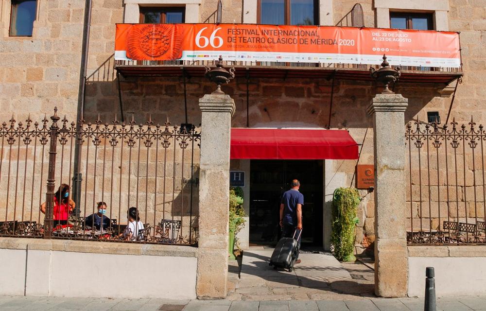 Los puntos de información turística de Mérida atienden más de 7.200 consultas en julio