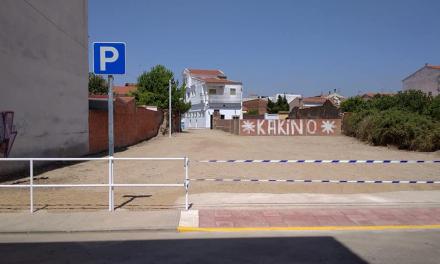 Moraleja habilita una zona de aparcamiento en la calle Espartero y la Ronda del Foso para descongestionar la zona de tráfico