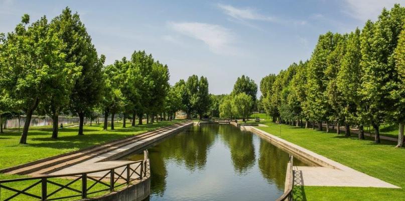 La piscina natural de La Alameda de Moraleja cierra hasta el jueves para realizar tareas de limpieza